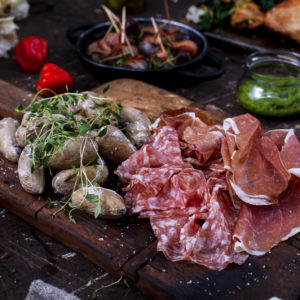 Tronfjell, spekepølse, salami